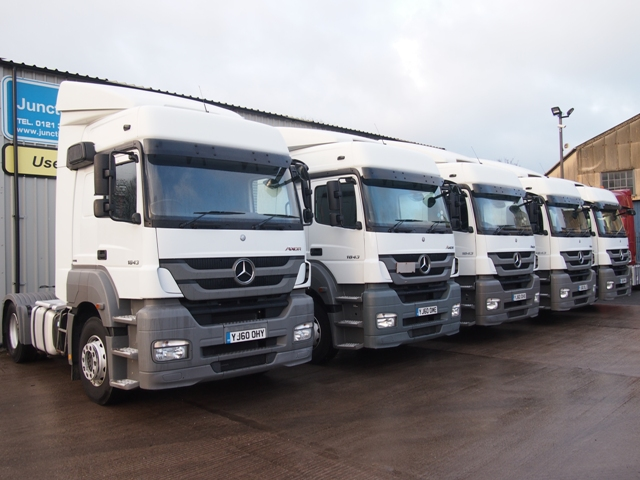 2011-Mercedes-Axor-1843LS-4x2-Tractor-Units-Multiple-Pictures-009