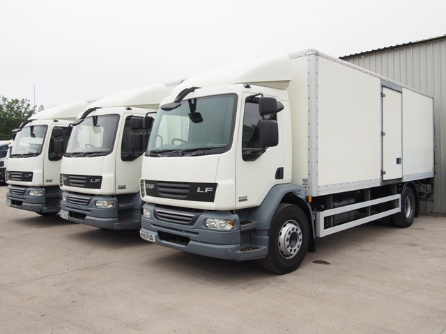 DAF-FA-LF55.220-22-Foot-7ins-Box-Taillift-Multiple-Pictures-004.JPG