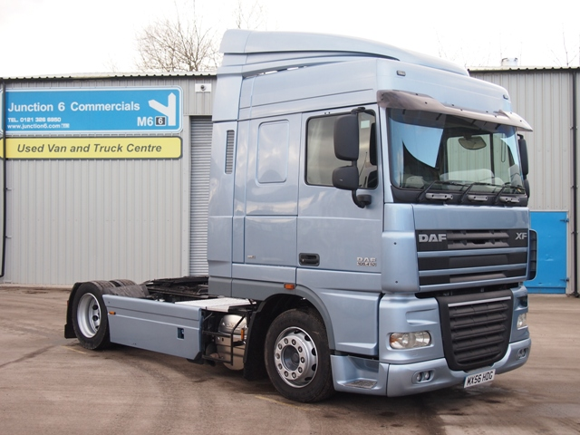 Daf-FT-XF105.410-Spacecab-4x2-Low-Height-Tractor-Unit-MX56-HDG-013