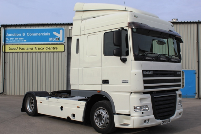 Daf FT XF105.410 Spacecab 4x2 Low Height Tractor Unit CX59 OUS 001