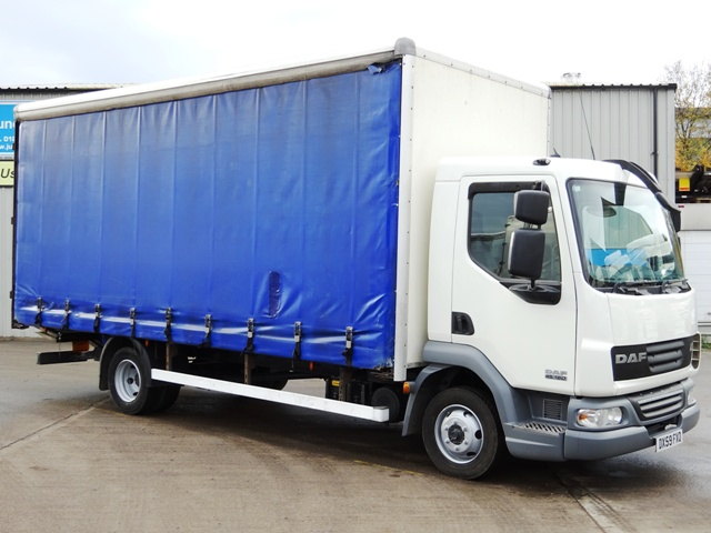Daf FA LF45.160 20 Foot Curtain Taillift DX59 FXO 001