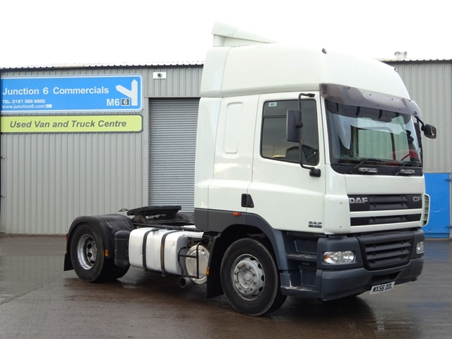DAF FT CF85.460 Spacecab 4x2 Tractor Unit 001