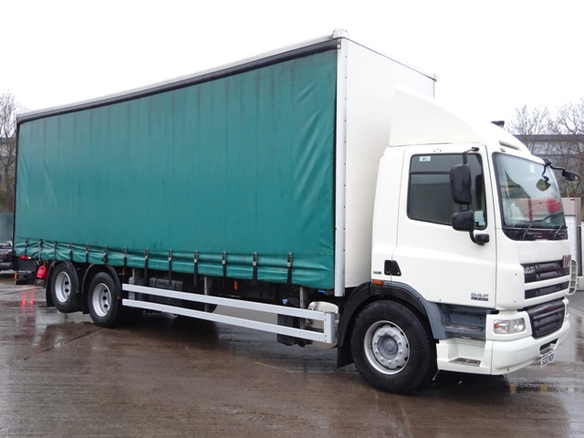 Daf FAS CF75.310 29 Foot 1ins Curtain Taillift MX09 FFL 001