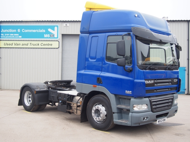 DAF-FT-CF85.460-Spacecab-4x2-Tractor-Unit-MX12-KNK-001.jpg